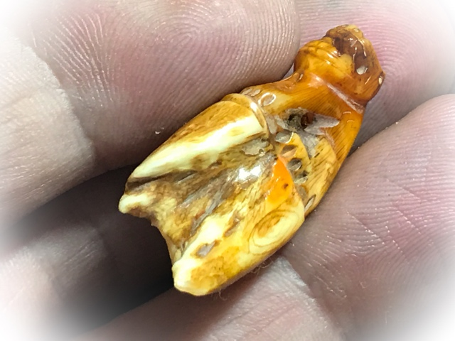 Carved Tooth Tiger Amulet for Protection LP Parn (4)